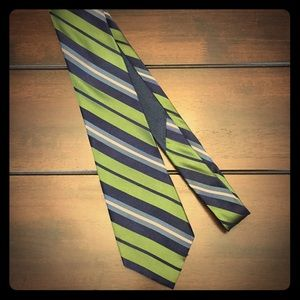 Men's striped silk tie
